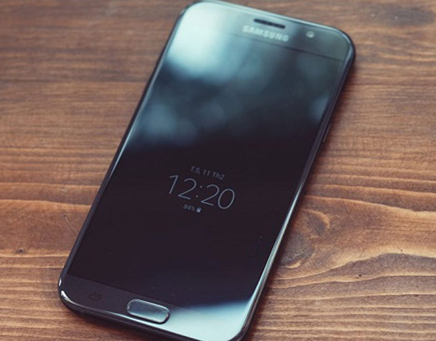 Samsung-A7-A5-A3-mat-den-man-hinh-khong-len-man-hinh