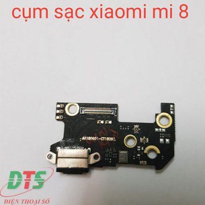 Thay Chan Sac Xiaomi Mi 8