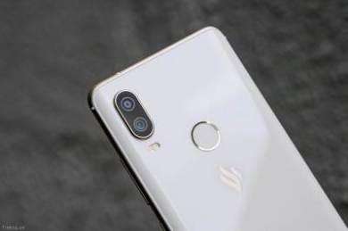 Vsmart-Active-1-Active-1Plus-camera-khong-lay-net-camera-bi-mo