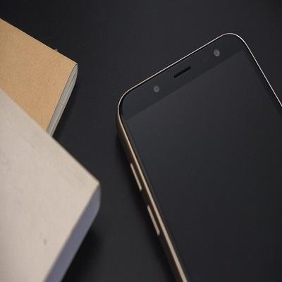 Samsung J8 Mat Nguon(2)