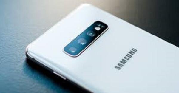 Samsung S11 Thay Nap Lung1