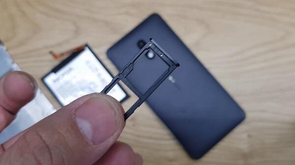 Nokia 51 Plus Thay O Sim 1
