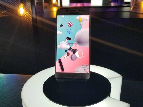 Samsung C8 Mat Song Song Yeu(3)