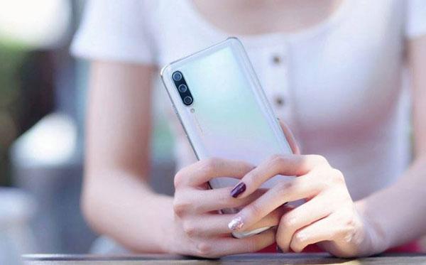 Xiaomi Mi Cc9 Thay Nap Lung 1