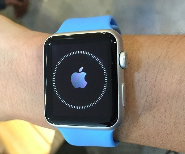 Apple Watch Bi Treo Tao 1
