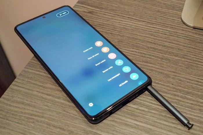 Mat Nguon Samsung Note 20 Plus 1