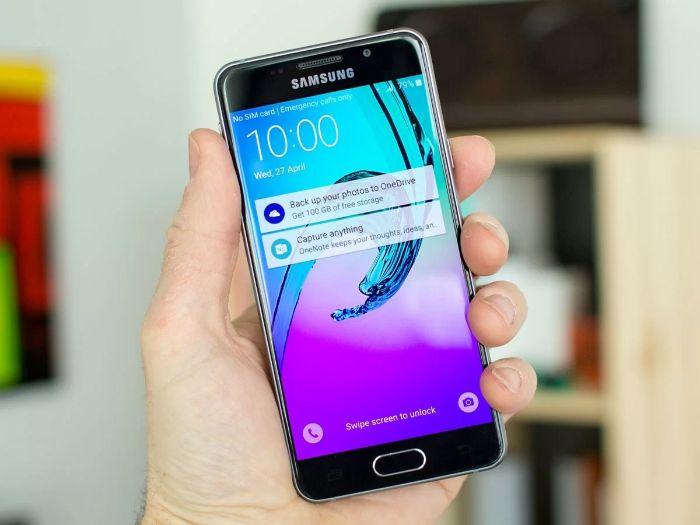 Thay Mat Kinh Samsung A3 Core 2